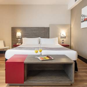 Accessible room Hotel ILUNION Barcelona Barcelona